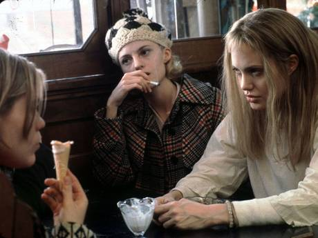 A scene from Girl Interrupted starring left to right Brittany Murphy as Daisy Elizabeth Moss as Polly and Angelina Jolie (Columbia Tristar/COLUMBIA PICTURES)